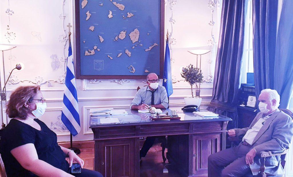 Επίσκεψη Δημάρχου Κέας στη Σύρο για τα ζητήματα του νησιού