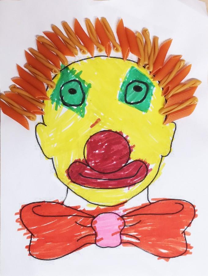 Γιάννης, 4 ετών